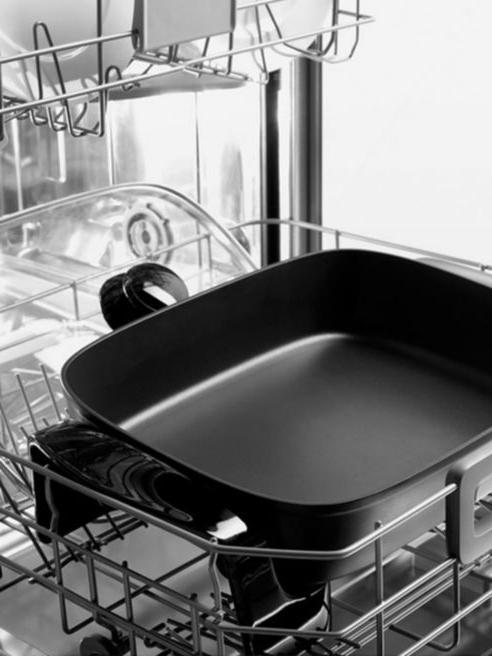 DeLonghi Electric Skillet Kitchen Aluminum New